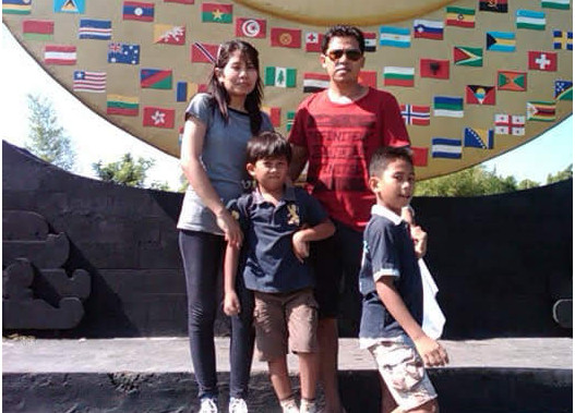 Ketut Suteja with wife and children